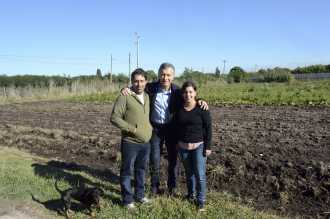 Macri visitó un emprendimiento de frutas y verduras orgánicas en Florencio Varela