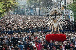 En la Fiesta del Milagro de Salta, el arzobispo Cargnello reclamó a los que manejan la plata en la Argentina