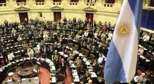 Presupuesto 2018: fuerte recorte a provincias y municipios, y más recursos para diputados, el Ejército y las cárceles