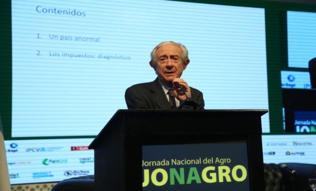 """Llach en Jonagro: """"Tenemos un pésimo sistema tributario que castiga mucho a la producción"""""""