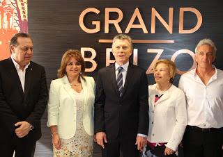 Macri y Santos inauguraron hotel en pleno centro porteño